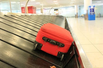 Picture Interline Baggage can leave your luggage at your connecting airport
