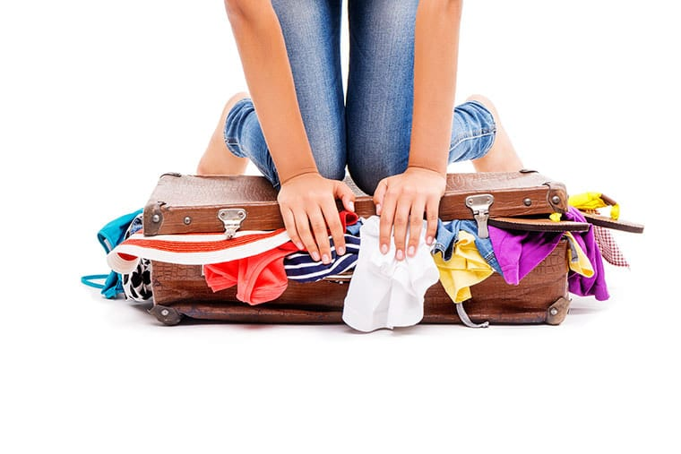 Tips on how to pack luggage to reduce weight